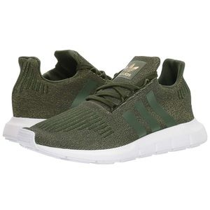adidas • originals swift run sneakers